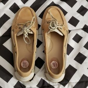 Sperry's size 10